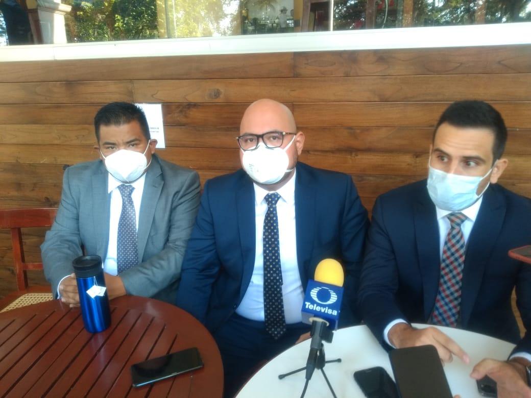 Abogados ofrecen interponer 50 amparos gratis en Xalapa contra entrega de datos biométricos
