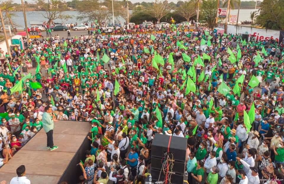 Evento masivo de Alberto Silva en Tuxpan fue porque estamos en semáforo verde: Javier Herrera