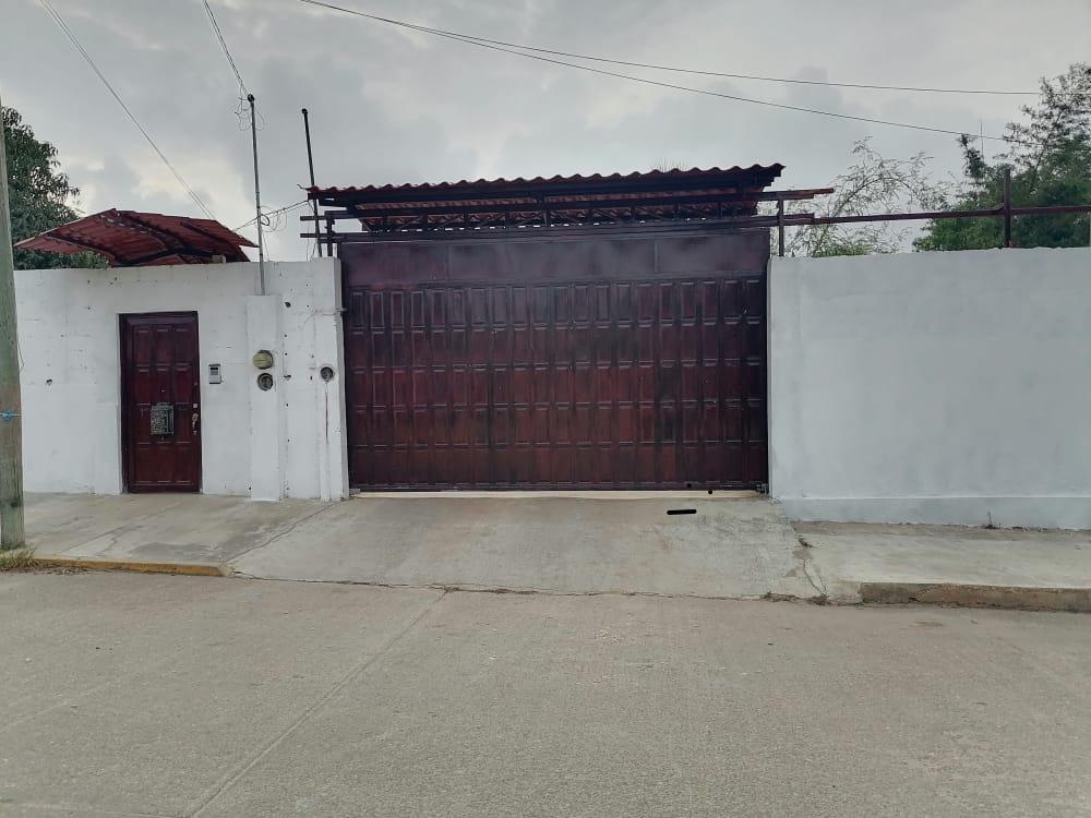 Atacan casa del alcalde de Chinameca, su esposa busca alcaldía por MC
