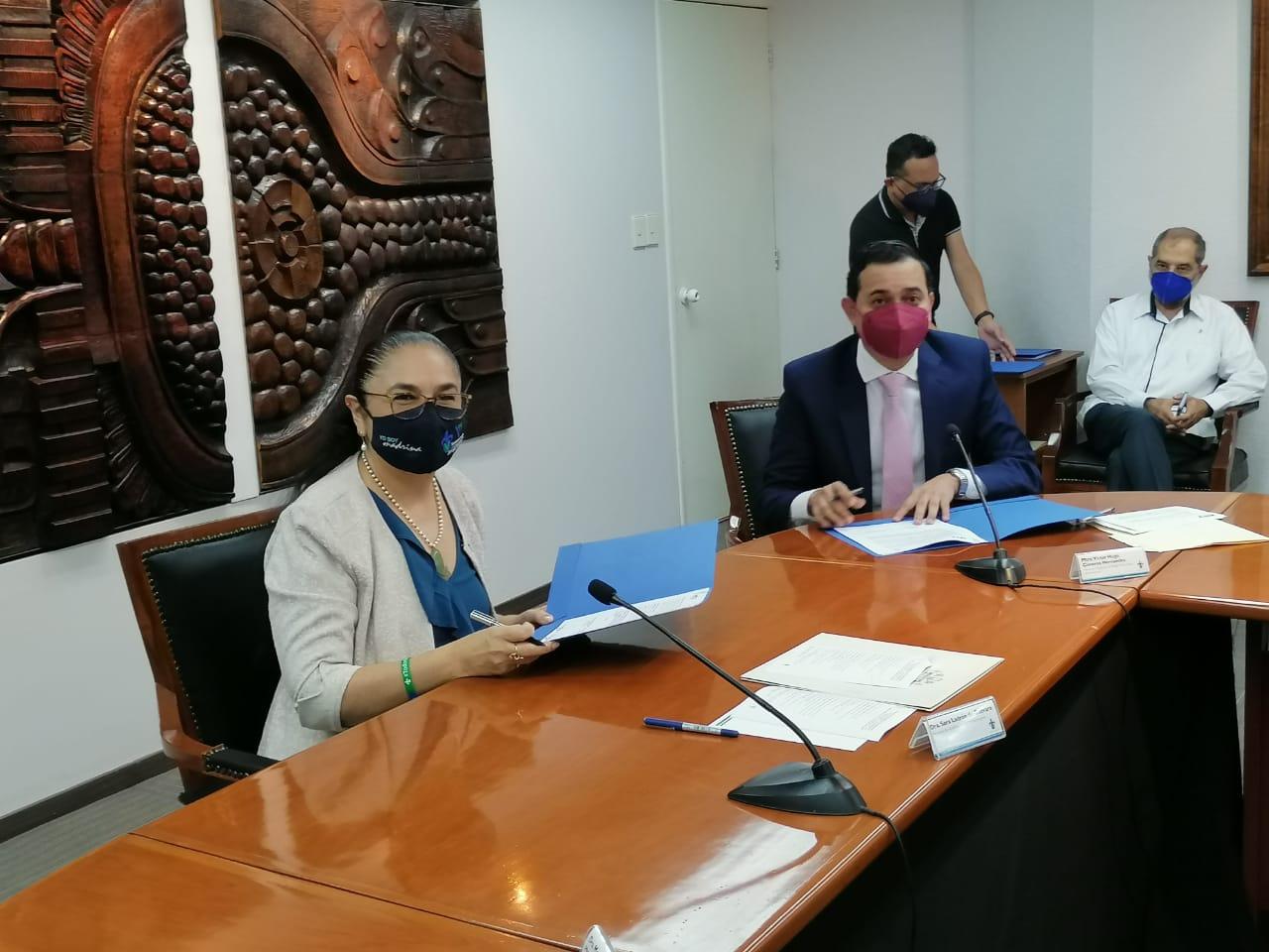 RTV y la UV firmaron convenio de colaboración para producir dos series televisivas