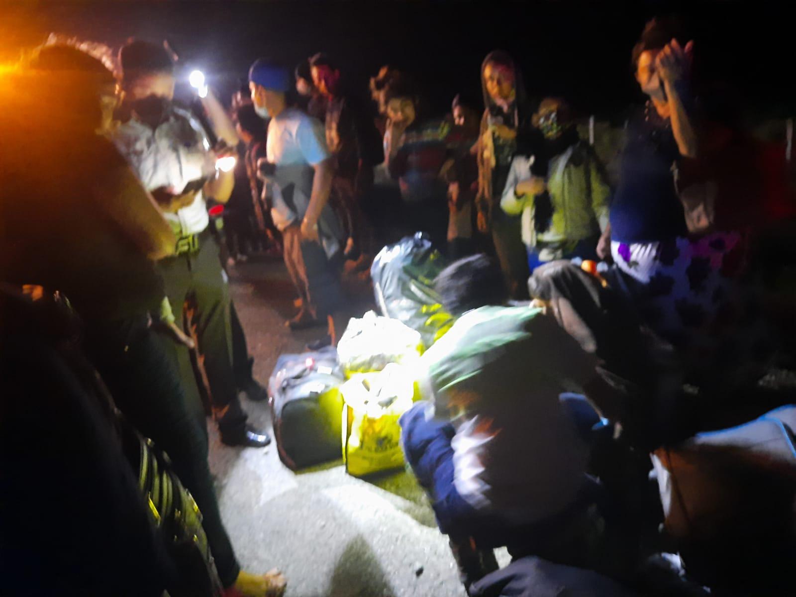 Fuerte accidente deja 17 migrantes centroamericanos lesionados, 8 de gravedad