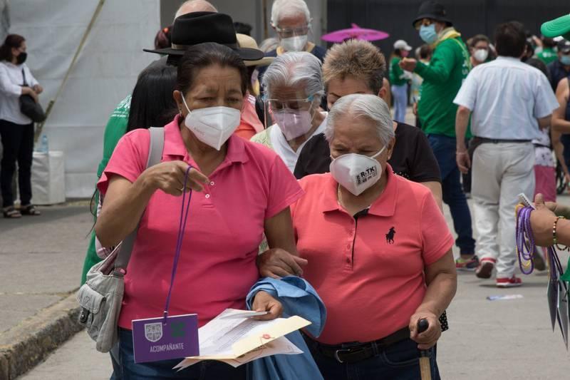 Suman 203,664 muertes por coronavirus en México; hay dos millones 244,268 casos