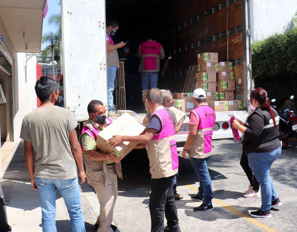 Llegan 353 mil 459 boletas electorales a Xalapa
