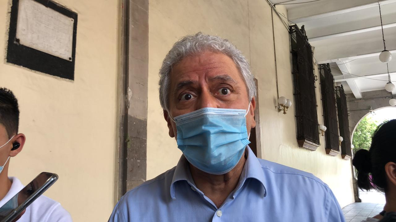 Responsabiliza Hipólito a bares y cantinas por incremento de casos de Covid-19