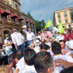 Al grito de 'es por Ahued', más de 10 mil personas se unieron a la caminata por la unidad