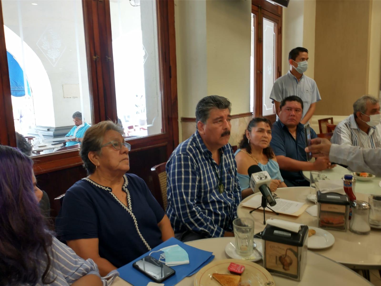 Miguel Ángel Yunes Márquez incumple los requisitos y por eso el TEV anulará su candidatura, afirman panistas de Veracruz