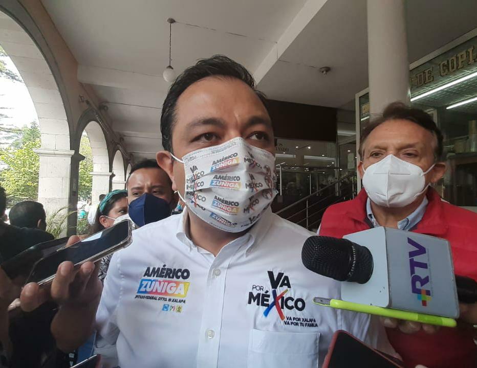 Xalapeños no votarán por Villalpando, sólo se fue a esconder a San Lázaro: Américo