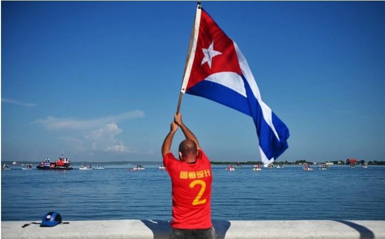 Cuba dará vacunas propias a turistas.