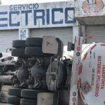 Vuelca pipa con gasolina en Coatzacoalcos