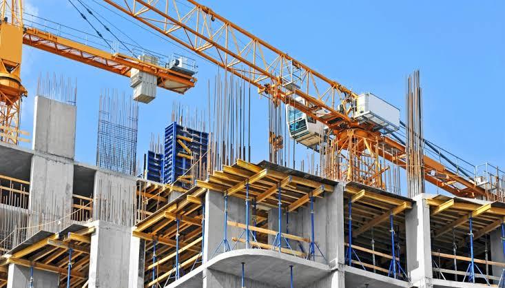 Rubro de la construcción disminuyó plantilla laboral por Covid.
