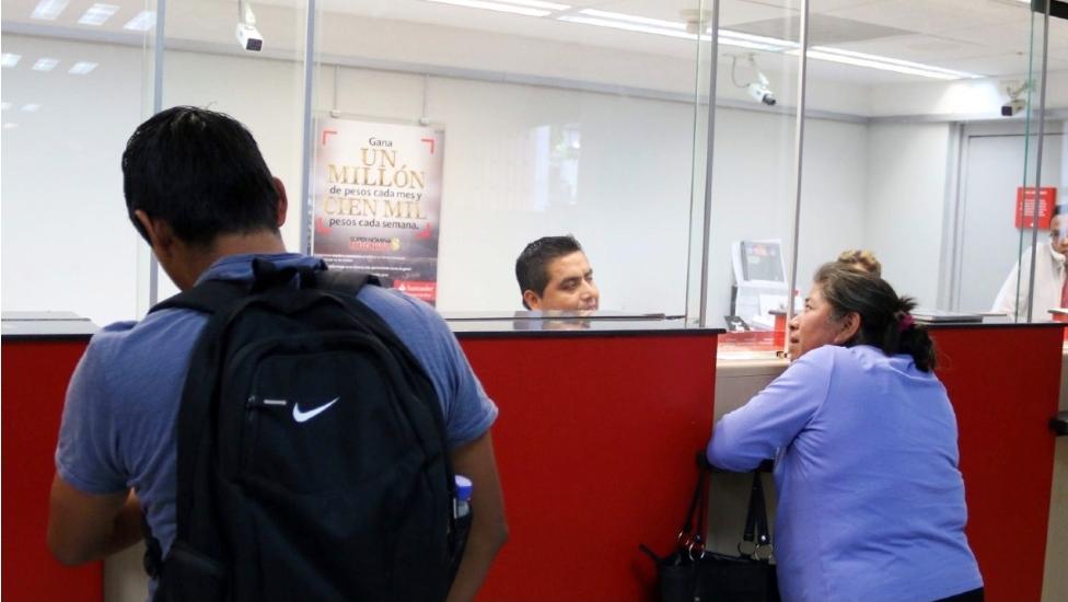 Intenta depositar cheque falso por un mdp, fue detenido