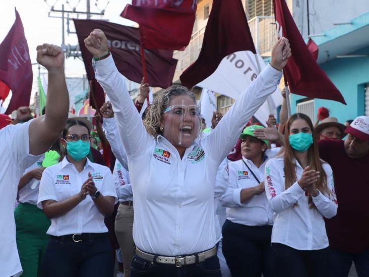 Celebra en Alvarado Lizzette Álvarez