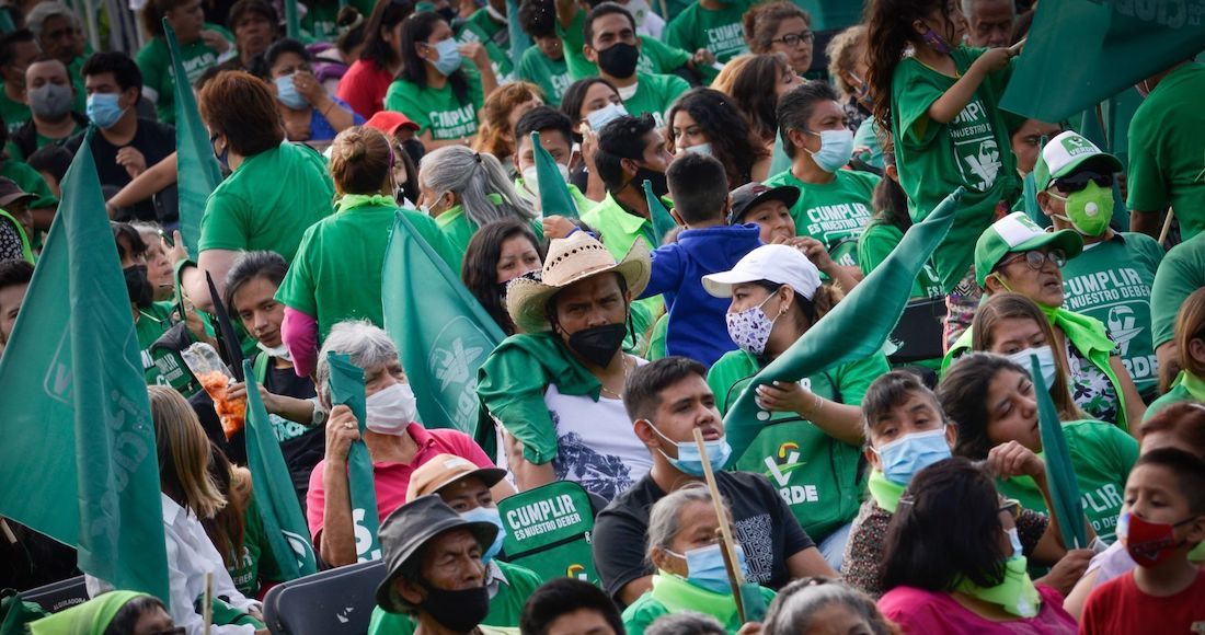 """La FGR inicia investigación contra """"influencers"""" por propaganda ilegal al verde"""