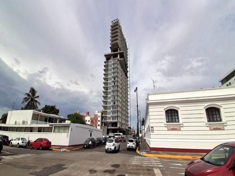 PC estatal suspende obra de Torre Centro en el puerto de Veracruz