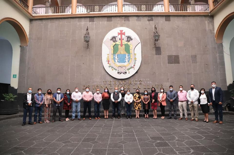 El secretario de Gobierno, Eric Cisneros, se reunió con más alcaldes electos de Veracruz