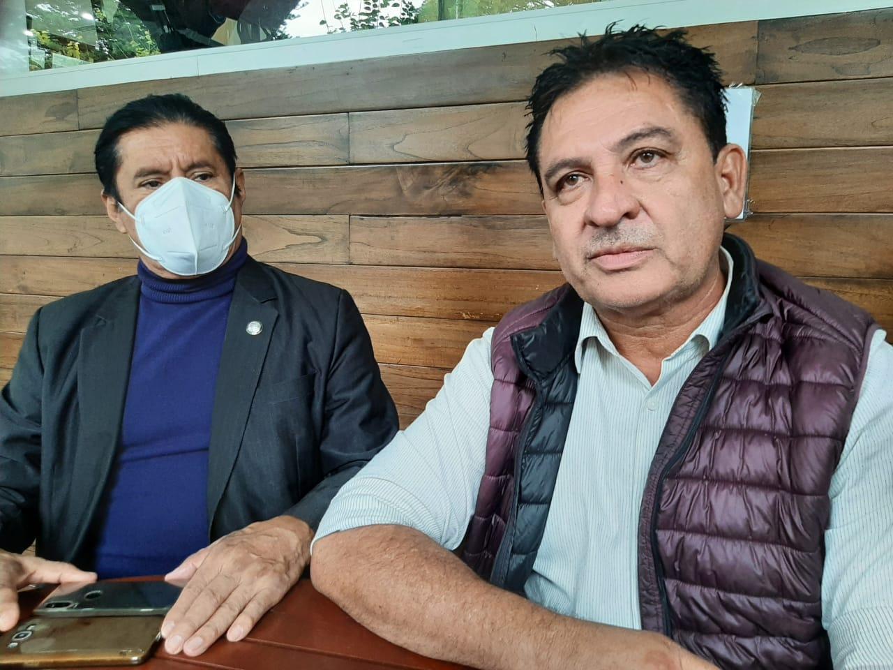 Gobernador de pueblos indígenas denuncia acoso y hostigamiento de policías estatal, ministerial y de GN