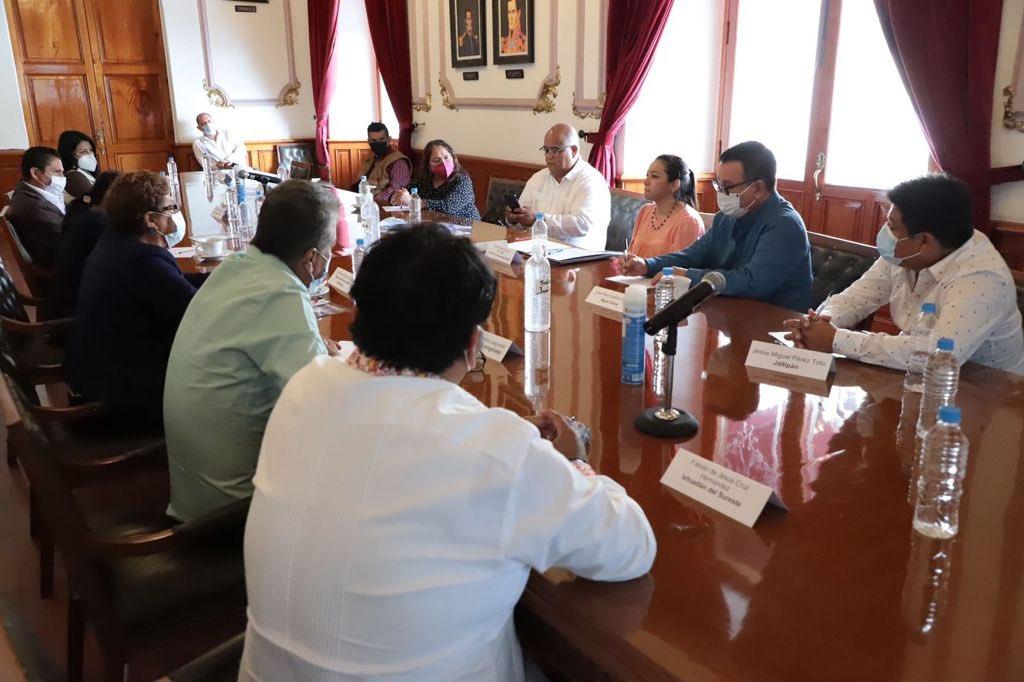 El secretario de Gobierno, Eric Cisneros, continuó sus reuniones con alcaldes electos; ahora fue con los del sur